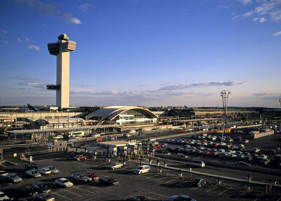 How To Get From JFK Airport to Manhattan Via AirTrain &Subway