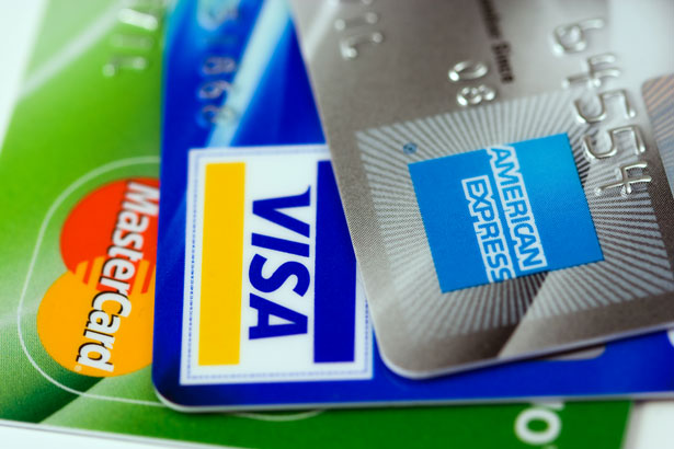 Different Approaches of Credit Card Spending to Earn Miles &Points