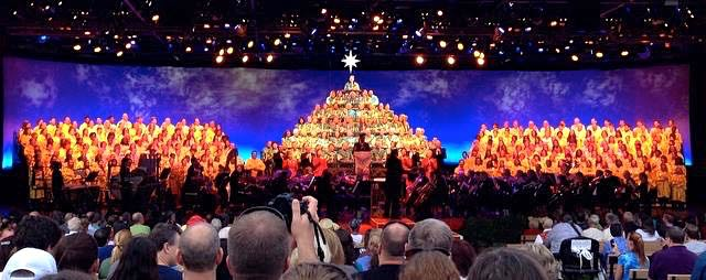 A Backstage/Behind The Scenes Look At Singing In WDW's Candlelight Processional atEpcot!