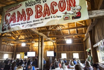 Welcome-to-Camp-Bacon_Jennie-Warren-Photography-1024x690