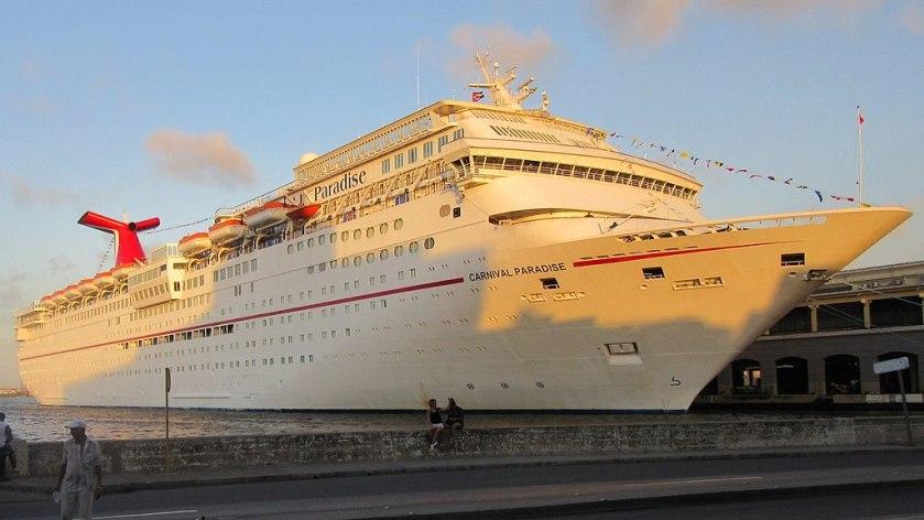 1024px-Carnival_Paradise_docked_in_Havana,_Cuba_(cropped)