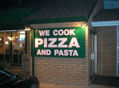 We Cook Pizza