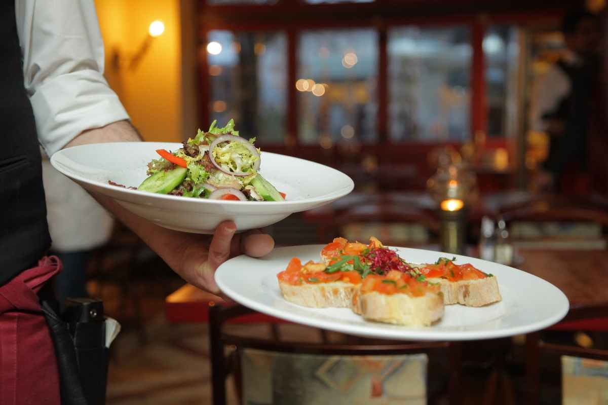 Traveling? Live There? Check Out Restaurant Week In A City NearYou!