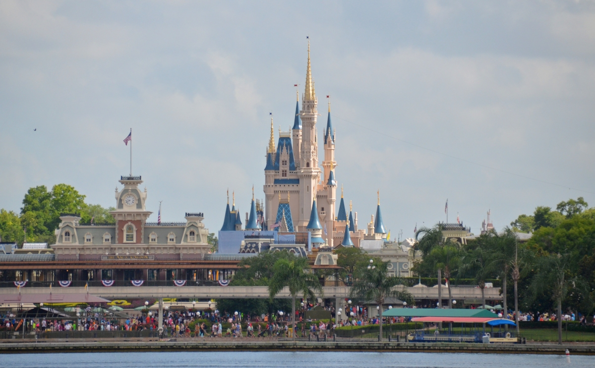 """Disney Snubs History & Art"": When They Altered An Historic Magic Kingdom Icon"